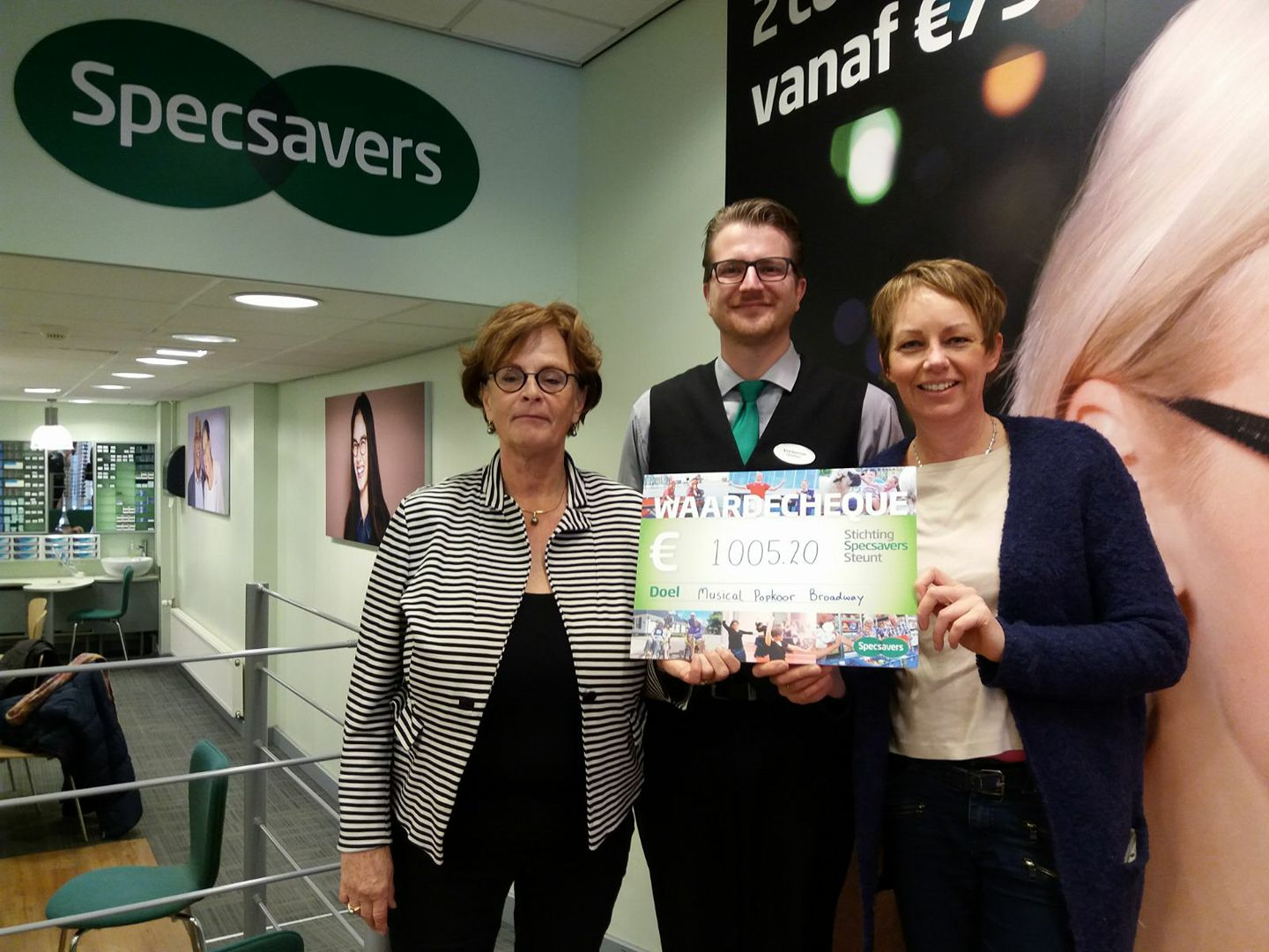 Stichting Specsavers steunt BROADWAY